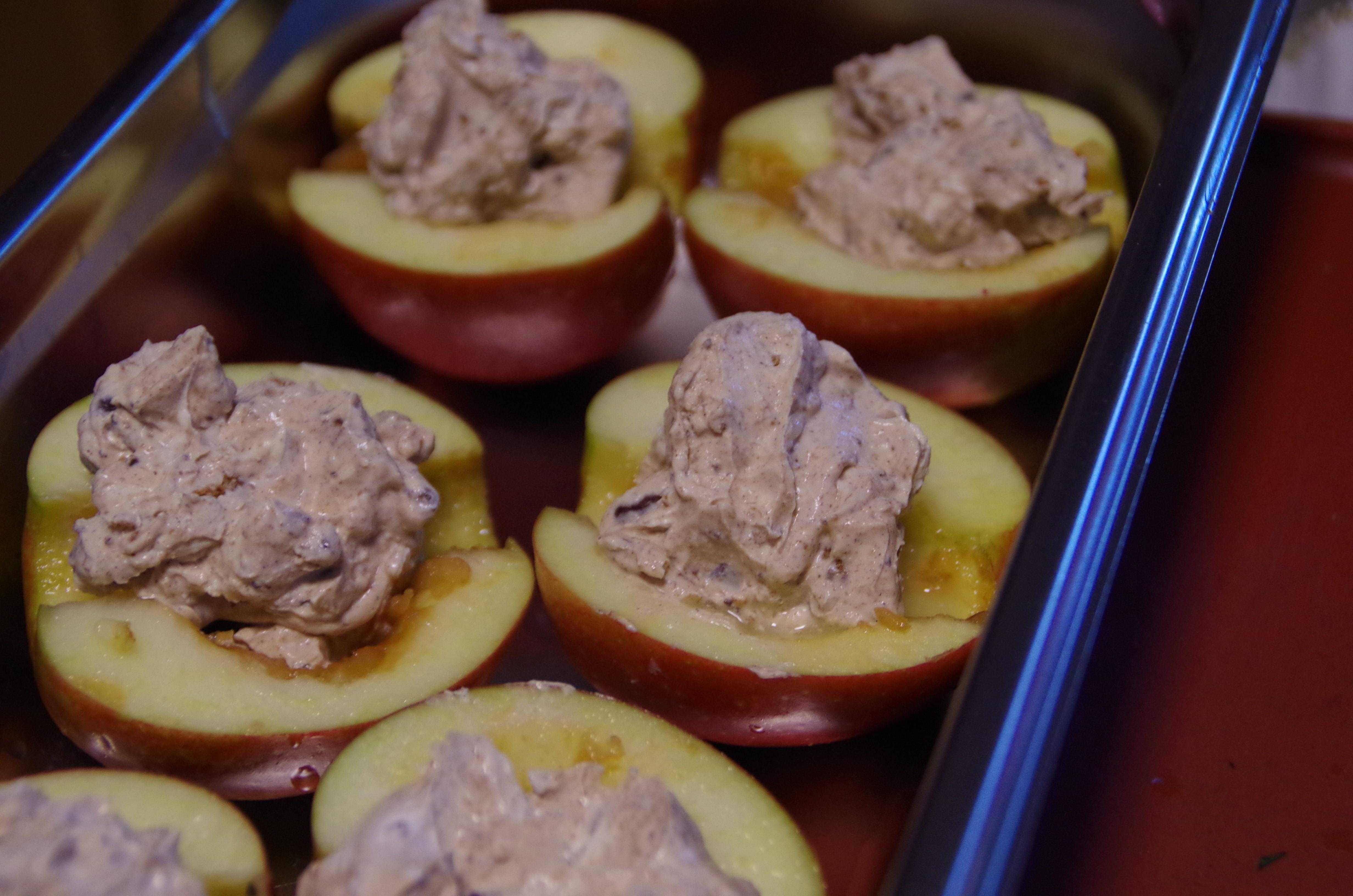 gefüllte-Apfelhälften-03